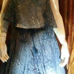 Boho skirt style.