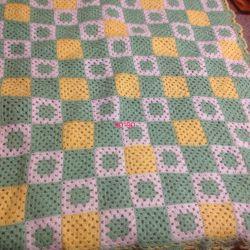 Çocuklar için örme battaniye