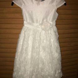 Το φόρεμα της Σταχτοπούτας