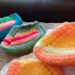 Socks and booties knitted