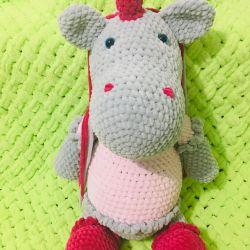 Knitted unicorn