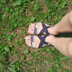 Espadrilles, sandalet, yalınayak ayakkabılar