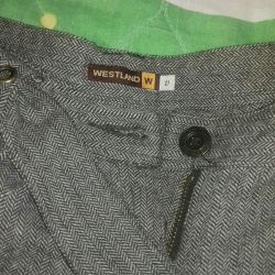 Pantaloni pentru femei. cald