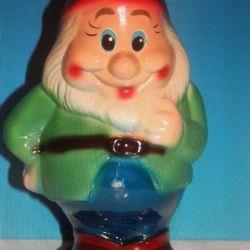 Figurină din porțelan, sculptură din Chad Gnome