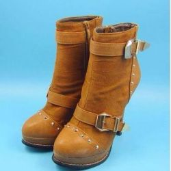 Μπότες αστράγαλο r. 36