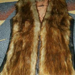 Vest of fox fur
