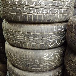 rubber set 225 65 17 Bridgestone