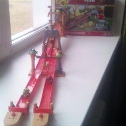 Angry Birds GO yarış pisti oyunu! pazarlık domuzları