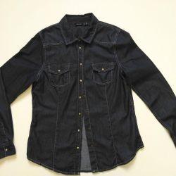Denim women's shirt. New