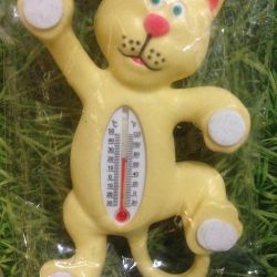 Street cat thermometer