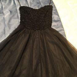Küçük siyah elbise