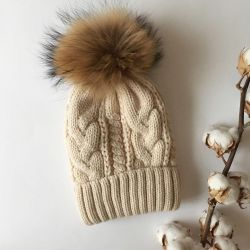 Hat 54-58 with a natural pompon