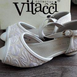 Kızlar için sandaletler. Yeni! P 29
