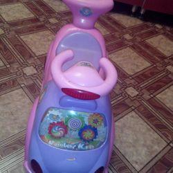 Машинка детская с музыкой