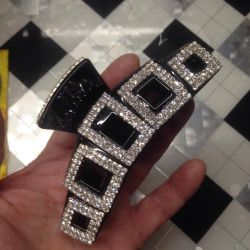 Large hairpin with rhinestones