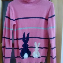 Sweater Hares 122