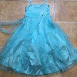 Yeni elbise, 14 yaşında