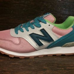 New Balance 996 Women's Sneakers