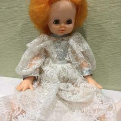 Декоративная кукла с рыжими волосами