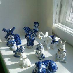Gzhel figurines
