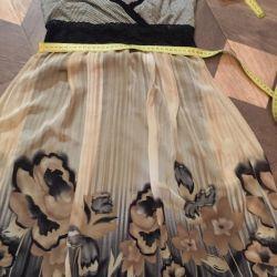 Γυναικείο φόρεμα στο 44-46