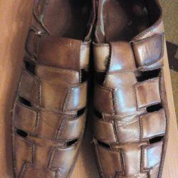Ayakkabılar mükemmel durumda.