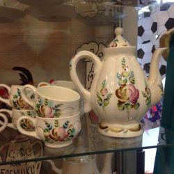Semikarakorsk seramiklerinin Don motiflerinin çay seti
