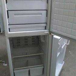 Folosit frigider Garanție 6 luni Livrare