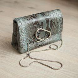 Hakiki deriden yapılmış çanta