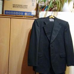 Классический костюм,черный. 48-50 рост 178