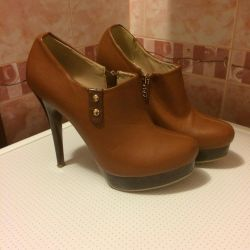 Ankle boots spring-autumn p.37