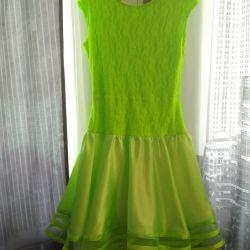 Βαθμολογία φόρεμα 158