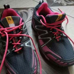 Νέα αθλητικά παπούτσια 36,37