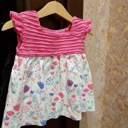 Küçük kız için elbiseler