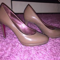 Lacquered shoes A.Pugachova