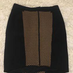 Νέα φούστα ζεστό