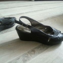 Sandalet p 37
