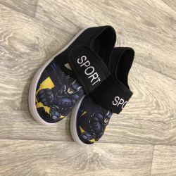 Yeni çocuk ayakkabı 27 ve 28