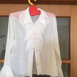 Блузка школьная белая с вышивкой