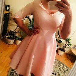 Λεπτό φόρεμα