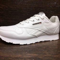 Adidasi pentru femei Reebok