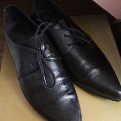 Pantofi pentru femei din Europa