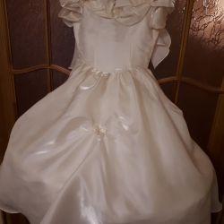 Платье для девочки нарядное/ праздничное прокат