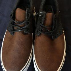 Yeni erkek ayakkabı bershka