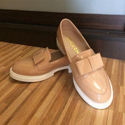 Varnished Loafers