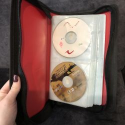 ? CD / DVD storage box