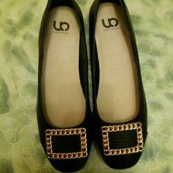 Yeni ayakkabılar s. 37.5