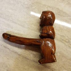 Фигурка деревянная