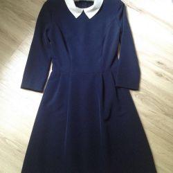 Koyu mavi yeni elbise