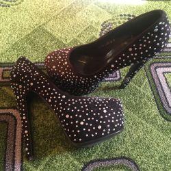 Shoes in rhinestones